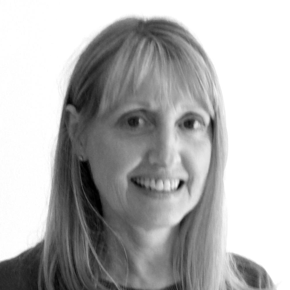 Lyn Rungay, Financial Manager